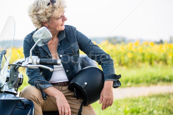 активный старший женщину синий джинсовой Сток-фото © Kzenon