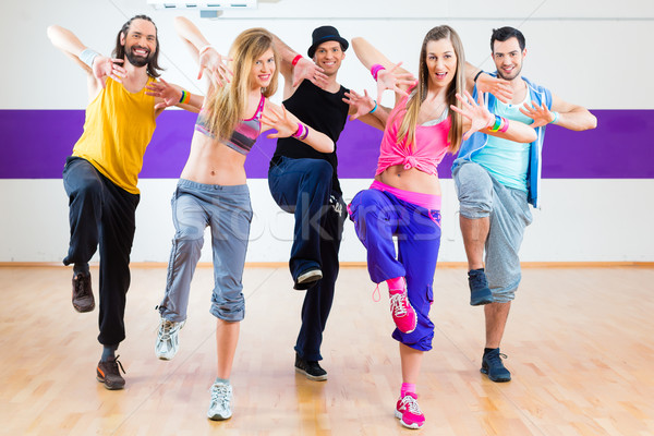 танцовщицы zumba фитнес подготовки Dance студию Сток-фото © Kzenon