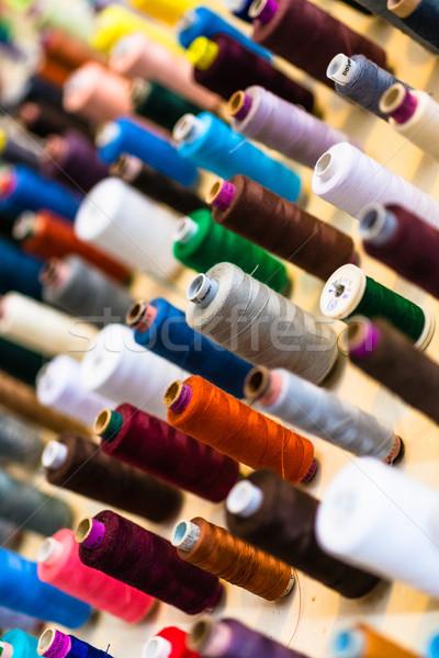 De costura fio alfaiate compras fio muitos Foto stock © Kzenon