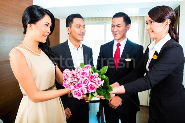 Foto stock: Pessoal · saudação · asiático · casal · gerente