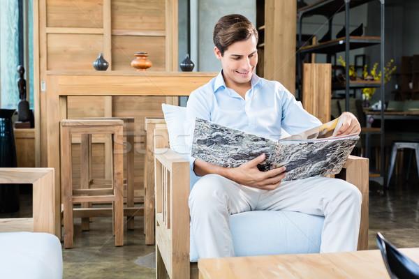 Adam mobilya depolamak katalog sandalye büro Stok fotoğraf © Kzenon