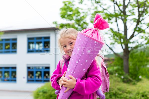 студент первый день школы традиционный конфеты Сток-фото © Kzenon