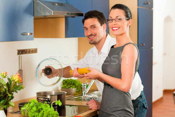 пару приготовления вместе кухне человека женщину Сток-фото © Kzenon