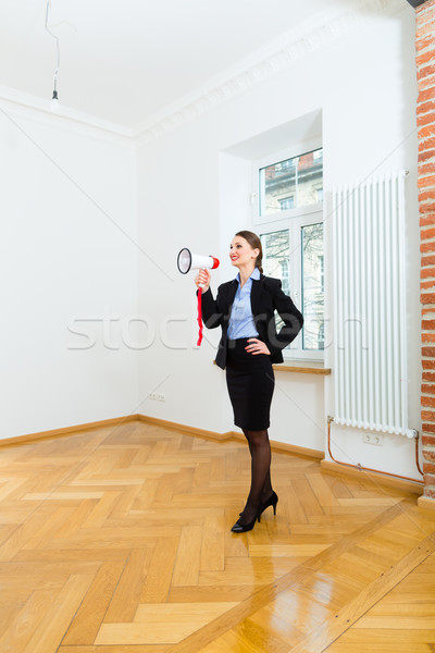 landlord makes advertising for apartment Stock photo © Kzenon
