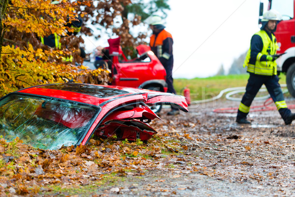 Ongeval brand slachtoffer auto deur glad Stockfoto © Kzenon