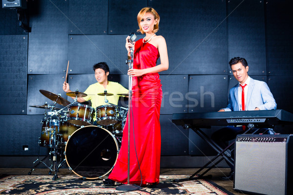 Asian bande chanson studio professionnels chanteur Photo stock © Kzenon