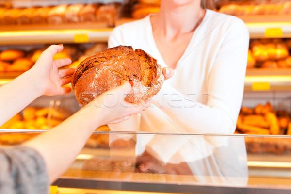 女性 顧客 ベーカリー パン ストックフォト © Kzenon
