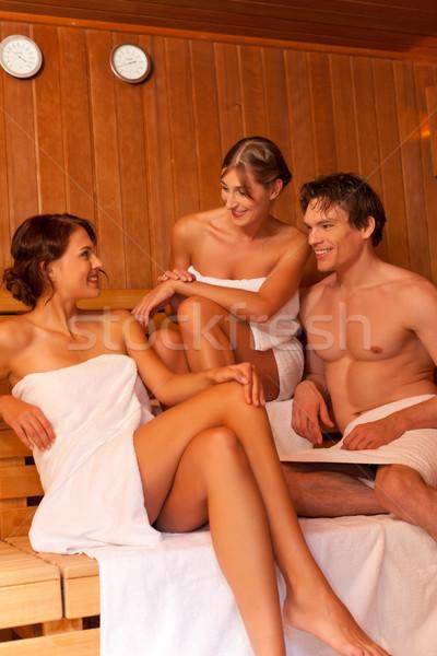 Секс с красивой студенткой в сауне