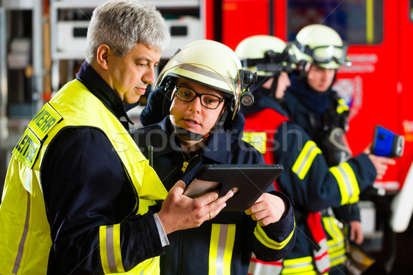 Stock photo: Fire brigade deployment planning on Computer