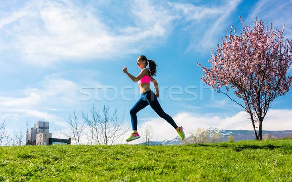 Donna sport esecuzione Hill fitness donna fitness Foto d'archivio © Kzenon
