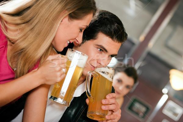 カップル バー 飲料 ビール グループの人々 ストックフォト © Kzenon