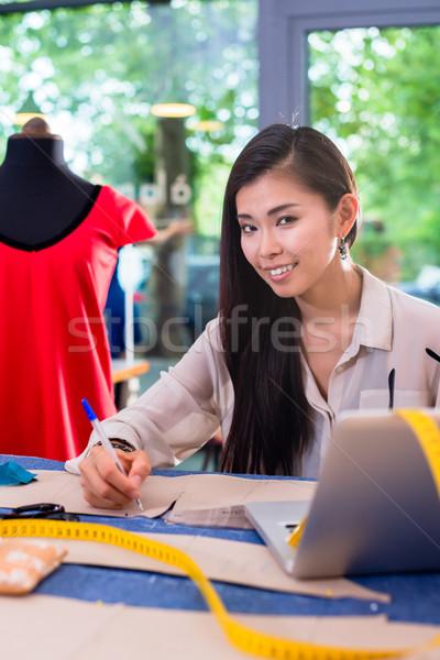 ázsiai divat designer új gyűjtemény nő Stock fotó © Kzenon