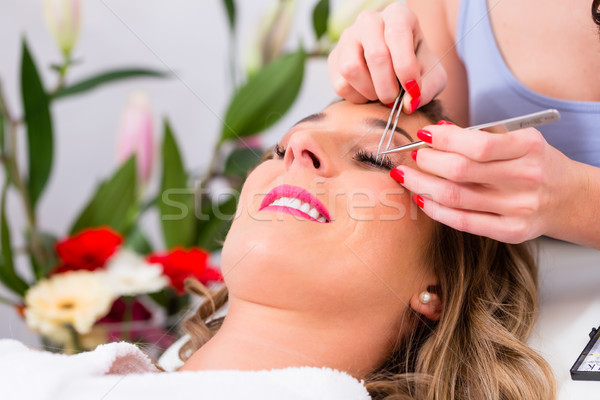 Vrouw vals oog schoonheid studio meisje Stockfoto © Kzenon