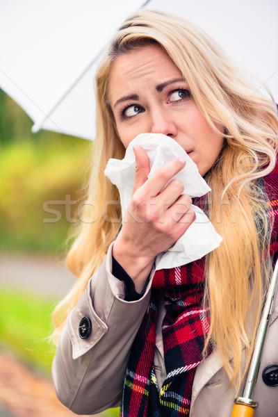 Kadın soğuk grip kötü sonbahar hava durumu Stok fotoğraf © Kzenon