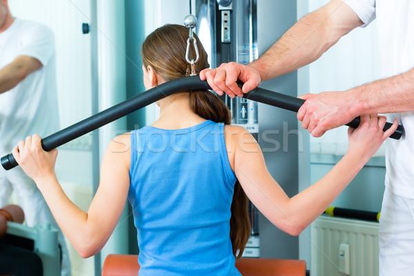 Paziente fisioterapia donna uomo Foto d'archivio © Kzenon