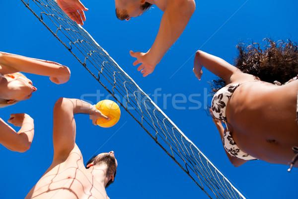 Foto stock: Amigos · jogar · praia · voleibol · jogadores · verão