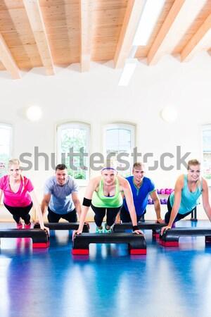 Fitnessz zumba képzés edzés tornaterem fiatalok Stock fotó © Kzenon