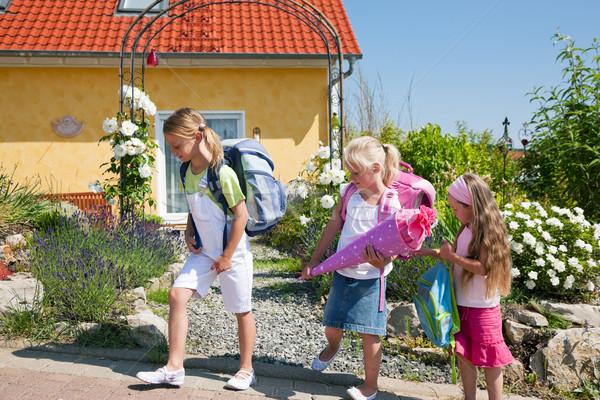 школьников способом школы три дети один Сток-фото © Kzenon