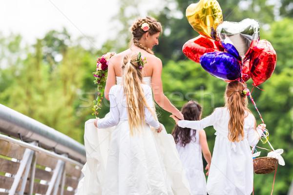Boda novia vestido dama de honor flor ninos Foto stock © Kzenon
