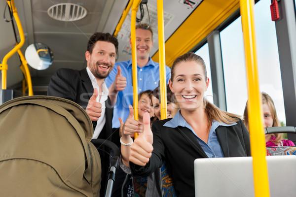 Passagiers bus forens vader man kinderen Stockfoto © Kzenon