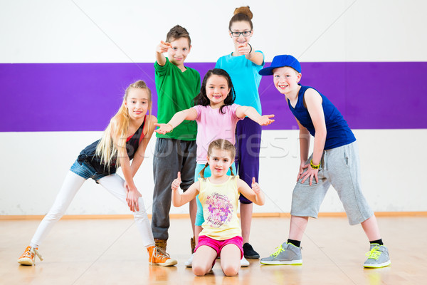 Enfants train zumba fitness danse Photo stock © Kzenon