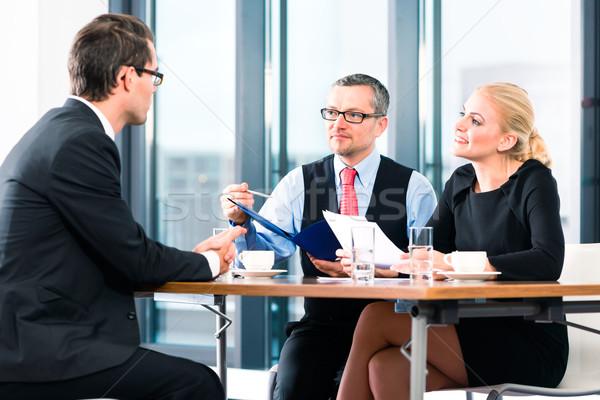 бизнеса кандидат молодым человеком рук применение Сток-фото © Kzenon