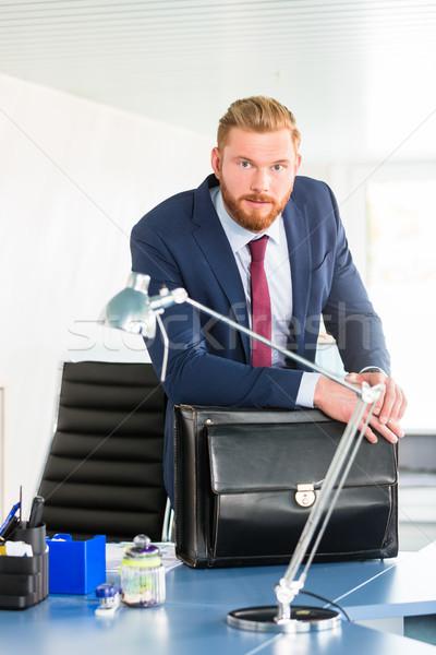 Szef biurko teczki stałego działalności Zdjęcia stock © Kzenon