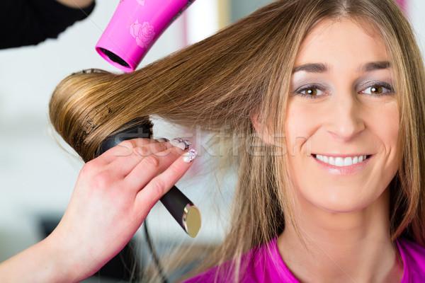 Nő fodrász haj aszalt stylist vásárló Stock fotó © Kzenon
