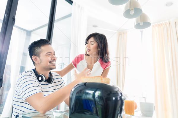 Asian paar ontbijt toast koffie vrouw Stockfoto © Kzenon