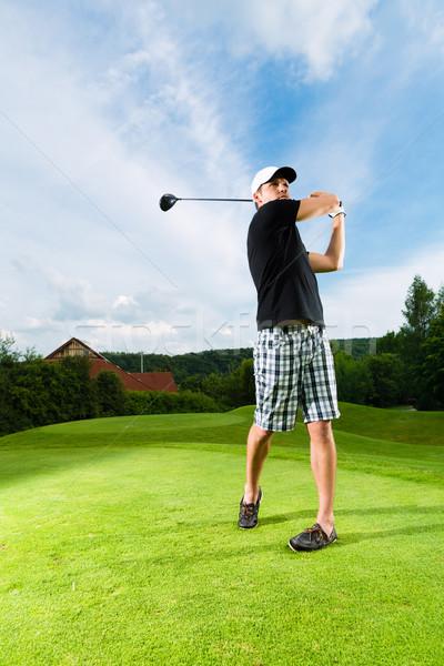 Foto stock: Jovem · jogador · de · golfe · golfe · balançar