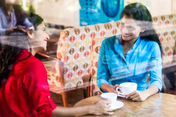 Stockfoto: Indian · vrouw · vergadering · cafe · twee