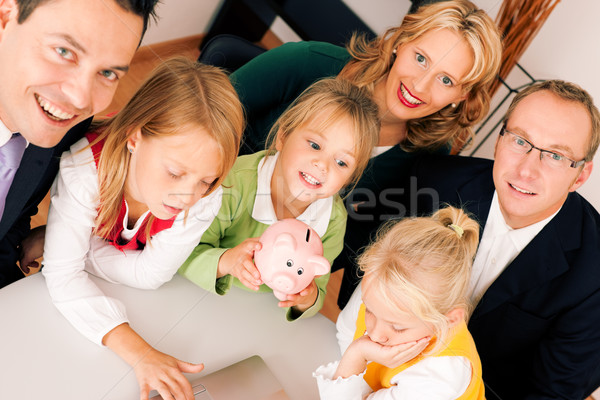 Famille Finance assurance argent Photo stock © Kzenon