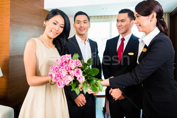 Foto stock: Pessoal · saudação · asiático · hotel · amigável · casal