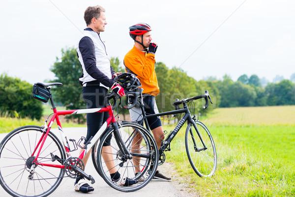 два спорт перерыва трава дороги Сток-фото © Kzenon