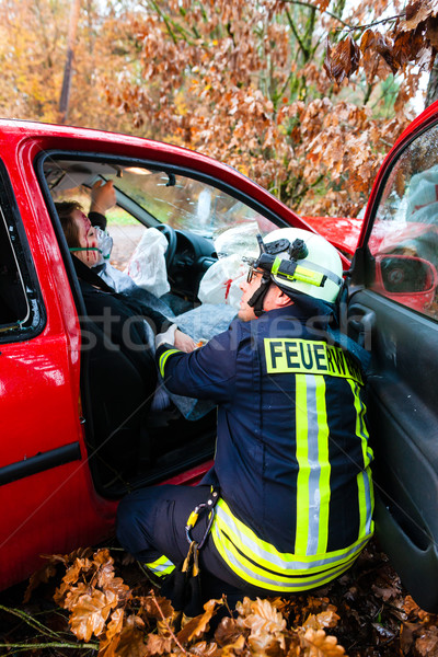 Accident feu victime voiture crash pompier Photo stock © Kzenon