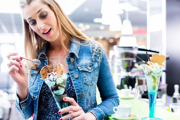 女性 食べ サンデー アイスクリーム カフェ コーヒー ストックフォト © Kzenon