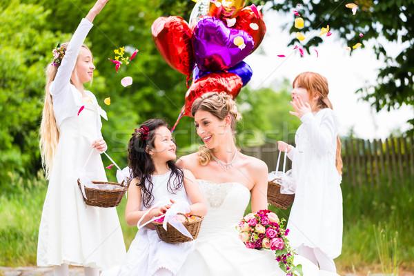 невеста девочек цветы шаров свадьба пару Сток-фото © Kzenon