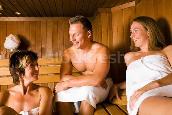 Amigos sauna três pessoas um masculino dois Foto stock © Kzenon