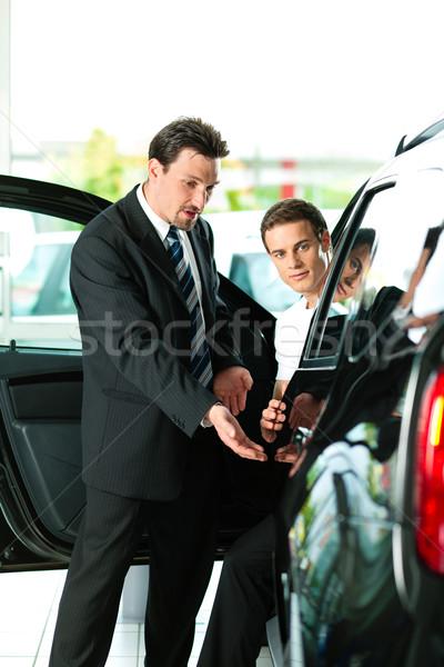 Man buying car from salesperson Stock photo © Kzenon