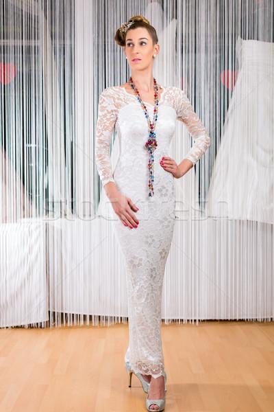 женщину подвенечное платье магазин свадьба моде Сток-фото © Kzenon
