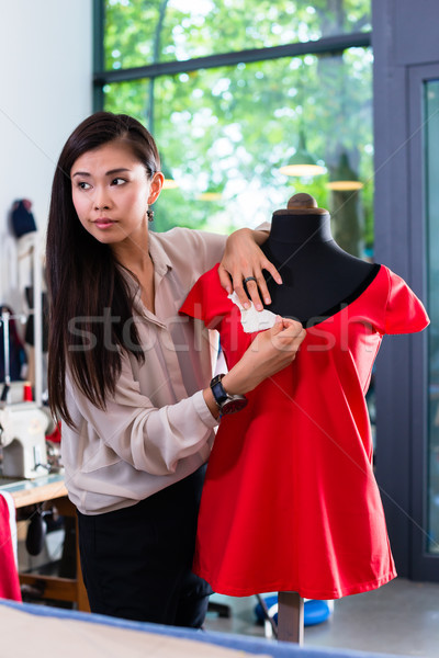 азиатских портной одежда дизайна манекен студию Сток-фото © Kzenon