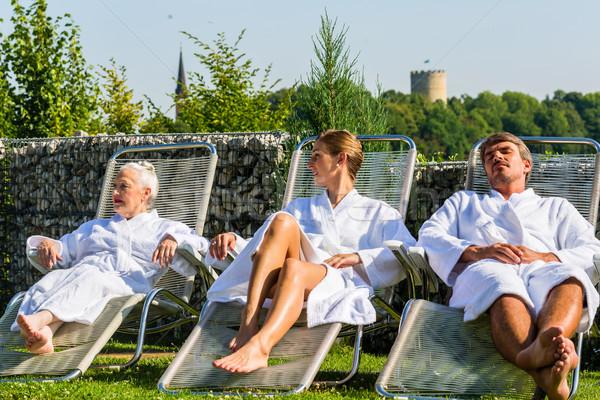 Insanlar rahatlatıcı açık sauna kadın aile Stok fotoğraf © Kzenon