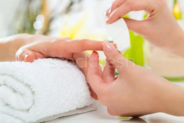 Stockfoto: Vrouw · manicure · handen · vrouwen · schoonheid