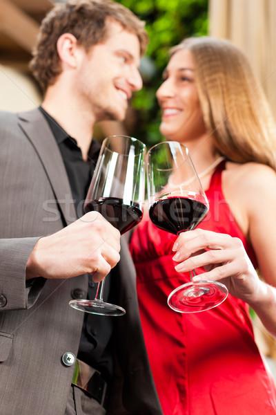 Adam kadın tatma şarap restoran çift Stok fotoğraf © Kzenon