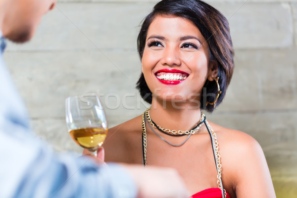 Asian couple verres à vin bar dîner potable Photo stock © Kzenon