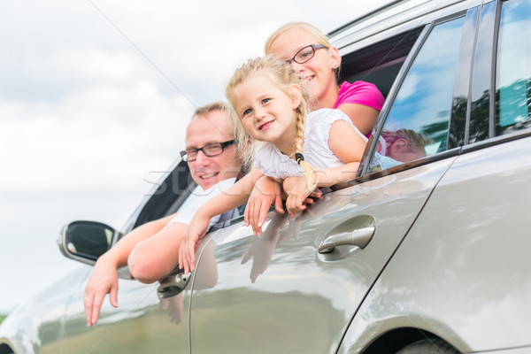 ストックフォト: 家族 · 運転 · 車 · 夏休み · 父 · 幸せ