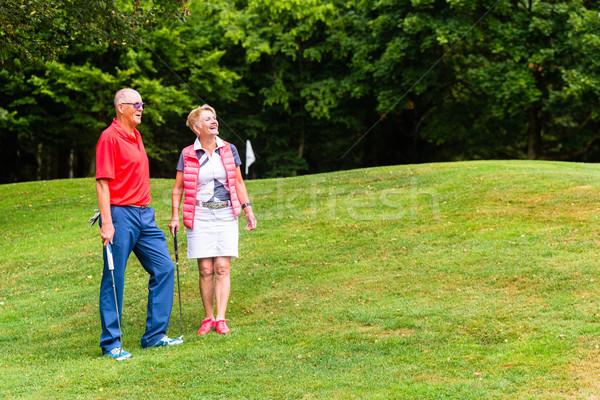 Spielen Golf Freizeit Frau Mann Stock foto © Kzenon