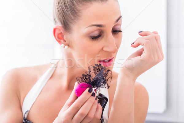 Perfum łazienka lustra ręce kobiet Zdjęcia stock © Kzenon