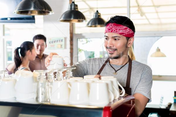 азиатских Бариста эспрессо клиентов пару женщину Сток-фото © Kzenon