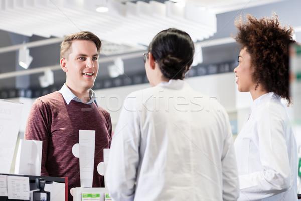 счастливым клиентов говорить два полезный Сток-фото © Kzenon